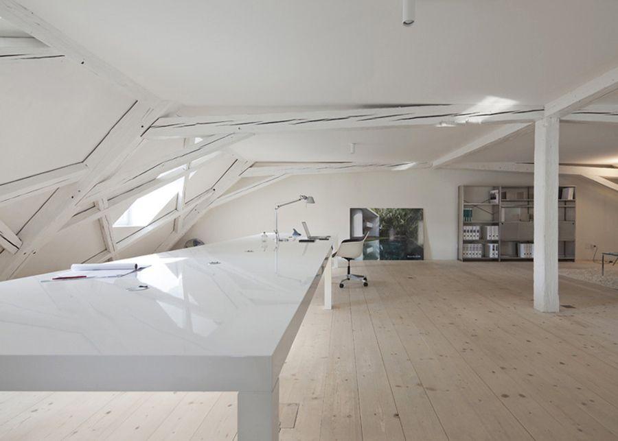 Kirchplatz armonioso equilibrio tra casa e ufficio for Ufficio architetto design