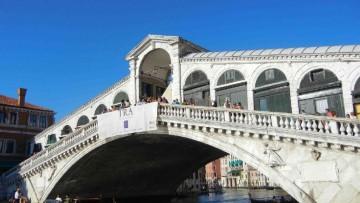 Ponte di Rialto: via al rilievo degli spostamenti