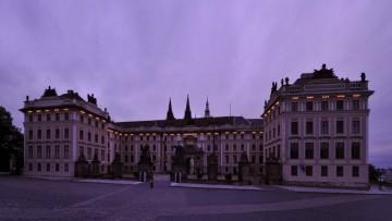 Il Castello di Praga si illumina di led