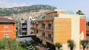 L'Ecohotel Bonapace di Torbole e' il primo hotel passivo d'Europa