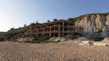 Ecomafia, l'abusivismo edilizio 'fattura' 1,7 miliardi di euro
