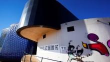Il Soweto Theatre 'colorato' dalle ceramiche made in Italy
