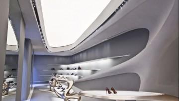Zaha Hadid per le boutique Stuart Weitzman: materiali e tecnologie del progetto
