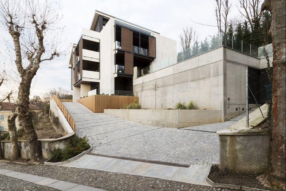 Rinnovamento edilizio la casa sulla collina torinese di for Noto architetto torinese