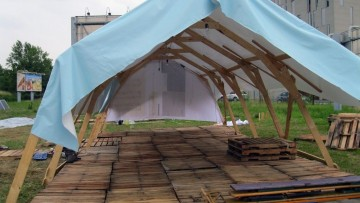 Architetture temporanee in legno: Climate Camp