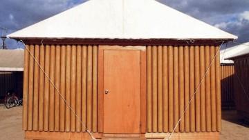 Architetture temporanee: i tubi di cartone di Shigeru Ban