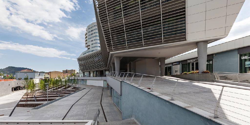 Un nuovo centro polifunzionale per brescia firmato dallo for Architetto brescia