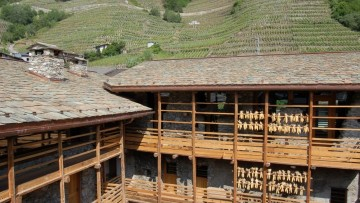 Architettura alpina: la rinascita della Contrada Beltramelli a Villa di Tirano