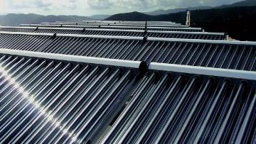 Come funziona il solar cooling o raffrescamento solare