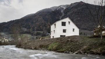 Architettura alpina: la Haus am Muhlbach di Pedevilla Architects