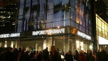 Apre Armani/5TH Avenue a New York