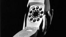 Grillo, il telefono diventa complemento d'arredo