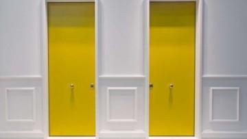 In Casa Oikos protagonisti materiali, colori e installazioni