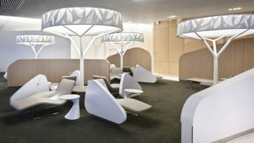 Una business lounge progettata come un albero