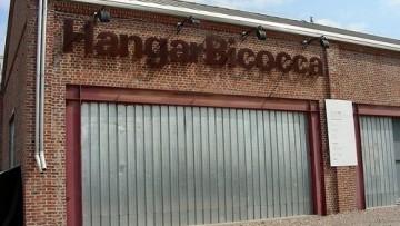 Riapre l'Hangar Bicocca