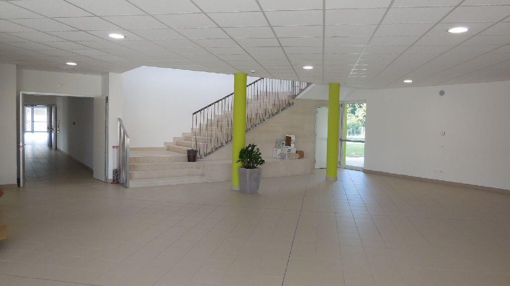 Gli edifici scolastici e l illuminazione degli ambienti