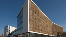 Architettura uffici: Goring & Straja per Green Place a Milano