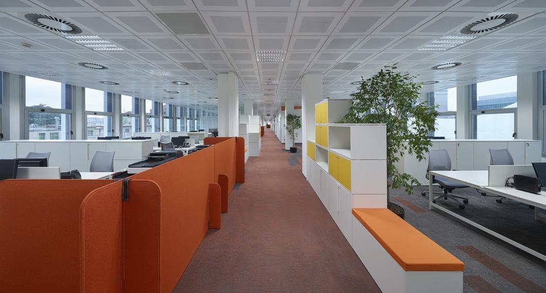 Architettura uffici progetto cmr per la nuova sede della for Uffici di design