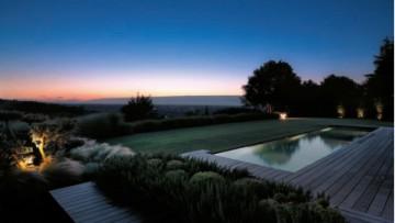 Progettare giardini e terrazze: come illuminare gli spazi verdi