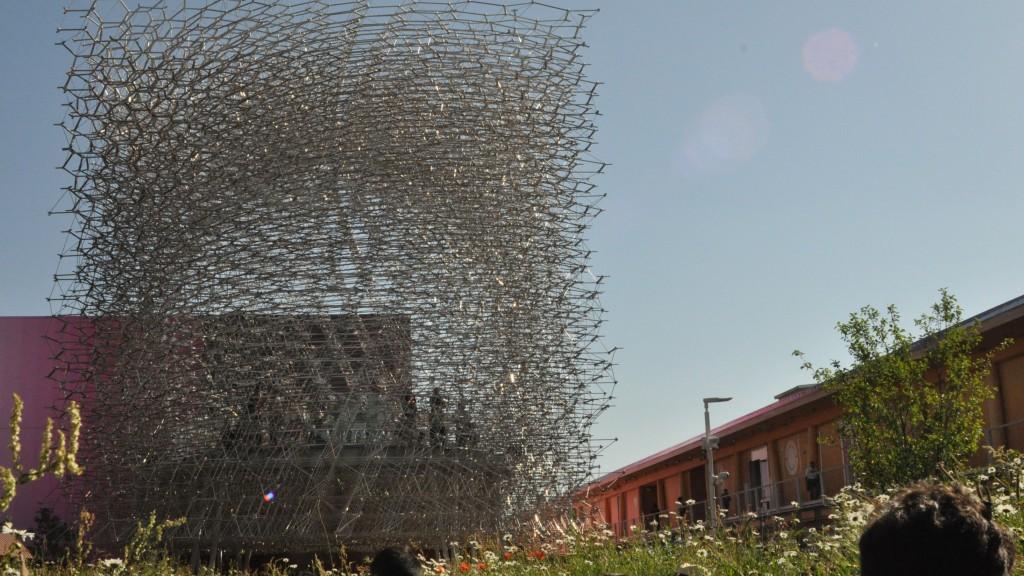 Vista esterna del Padiglione  del Regno Unito a Expo 2015 (foto: Harald Quercia)