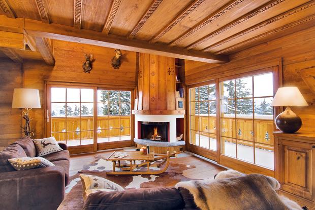 Interior design il camino come elemento compositivo degli for Interni di case in legno contemporanee