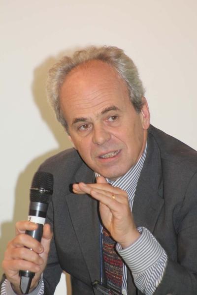Leopoldo Freyrie, presidente Cnappc, interviene durante la cerimonia di apertura del Saie 2015