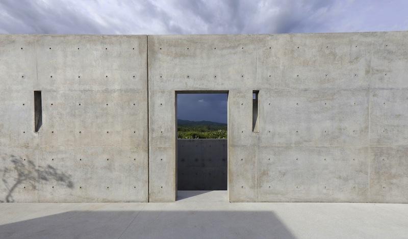 Il cemento brutalista caratteristico dell'architettura di Tadao Ando © Studio Zabé