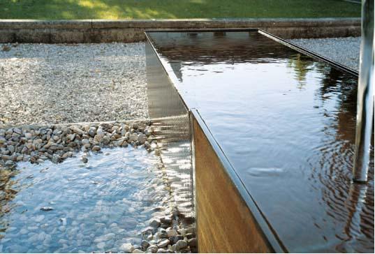 Come realizzare le vasche d acqua per il giardino for Vasche per tartarughe d acqua da esterno