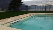 La differenza tra piscine a sfioro e piscine a skimmer
