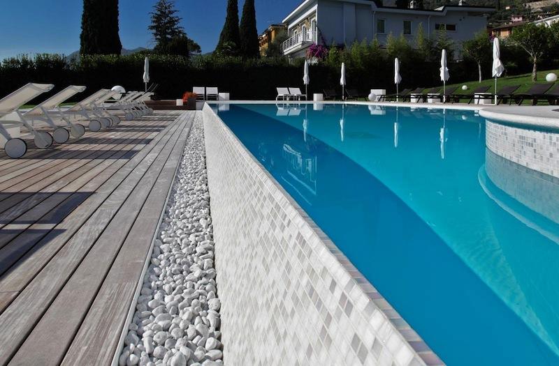 piscina_finiture