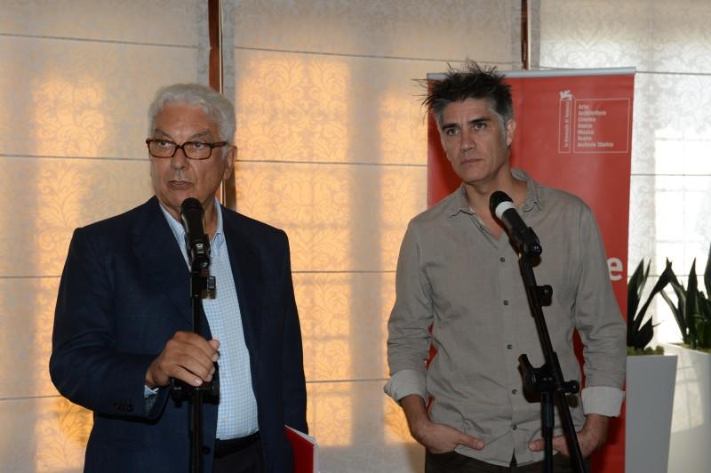 Il presidente della Biennale di Venezia, Paolo Baratta, e Alejandro Aravena (foto: Giorgio Zucchiatti)