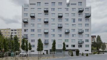 Rinnovamenti edilizi: il recupero di un panelák dello studio Gut Gut