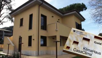 Una casa in classe A+ e certificata CasaClima Gold: la prima nel Lazio