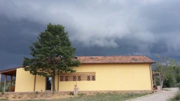 L'azienda agricola biologica certificata CasaClima in Toscana