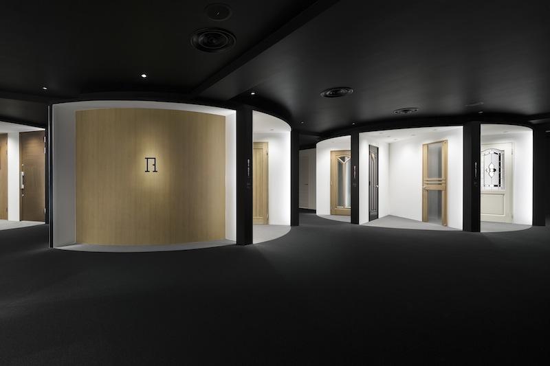 Showroom Abe Kogyo, Tokyo © Takumi Ota