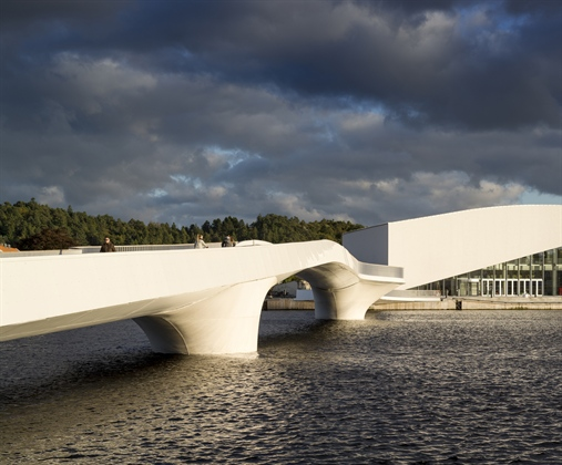 The Bridge by Buen Cultural Centre - courtesy of 3XN (1)