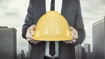Cantieri edili: gli infortuni mortali si dimezzano, ma non basta