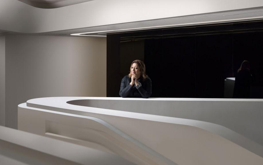 Zaha Hadid ritratta da Virgile Simone Bertrand (copyright: Virgile Simone Bertrand)