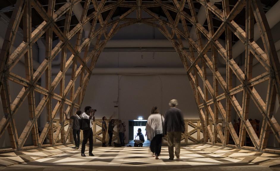 """La partecipazione nazionale del Paraguay, curata da Gabinete de arquitectura, premiata con il Leone per il """"Miglior partecipante"""""""