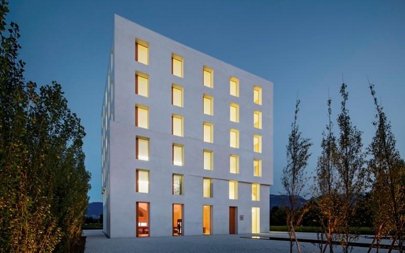 Edificio 2226, Lustenau Austria, di Dietmar Eberle - foto Eduard Hueber©, HP