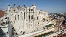 Rigenerazione urbana: le terraços do Carmo di Álvaro Siza a Lisbona