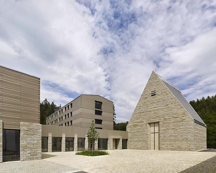 Ort der Begegnung | Modernisierung und Neustrukturierung des Exercitienhauses, Johannisthal | Brückner & Brückner Architekten, Würzburg