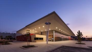 Un teatro in periferia: il Modiin Theatre in Israele di Knafo Klimor