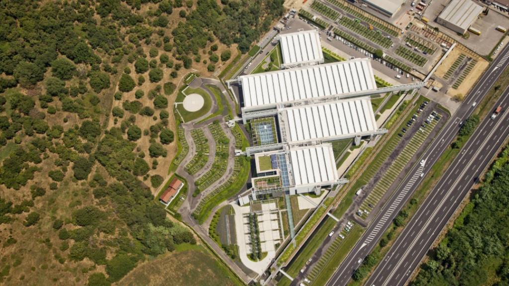 Vista area Prada Headquarters