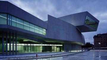 Perché il Maxxi Roma è una delle opere fondamentali di Zaha Hadid