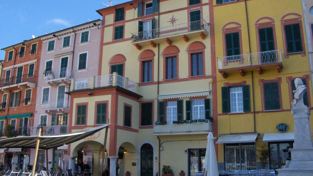 Un progetto di facciata realizzata con Viero a Lerici