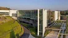 Il Centro ricerche e produzione calzature Prada a Valvigna di Guido Canali