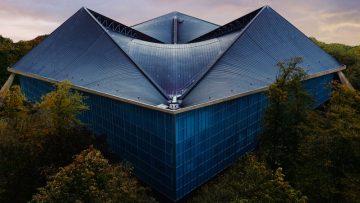 Apre il nuovo Design Museum di Londra