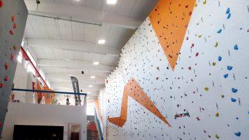 Isolamento termico e acustico in una palestra d'arrampicata indoor alle porte di Brescia