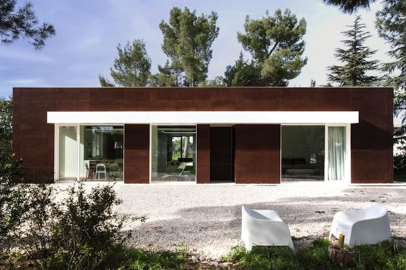 Molto La villa ecosostenibile con vista su Castel del Monte | Architetto  OE03